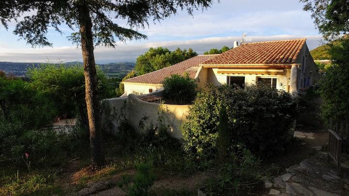 Mât à Coriolan, 4 couchages, piscine Saint Tropez
