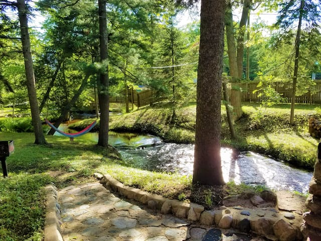 Stroll to a creek side siesta in the hammock!