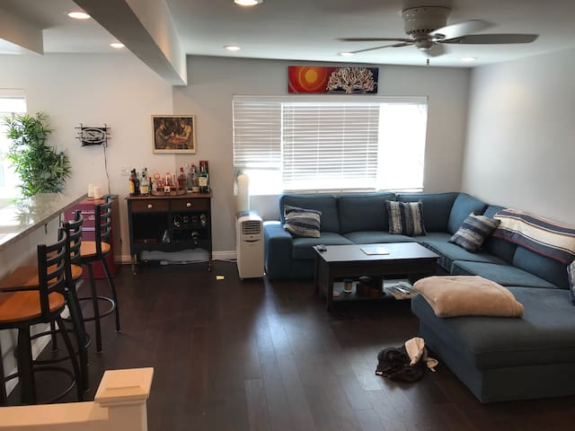 1 BR Available in 2 BR/1B Gorgeous Beach Home!