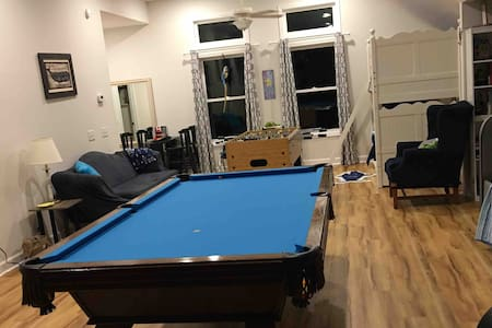 Upstairs Suite at Parrott's Landing