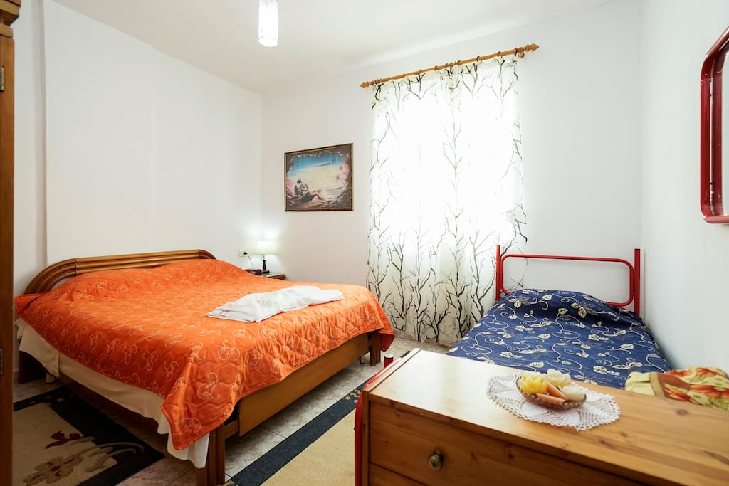 Bedroom Queen Size Bed and Extra Single Bed