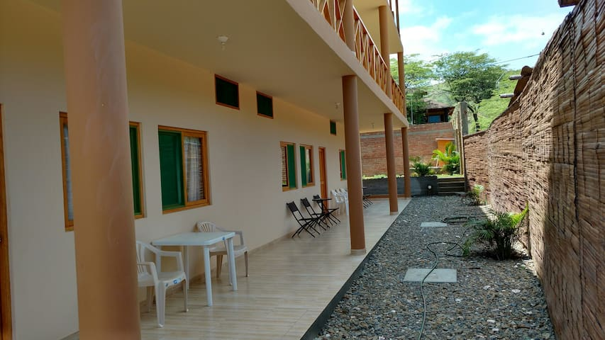 CASAMAR  room for rent private bathroom in mancora