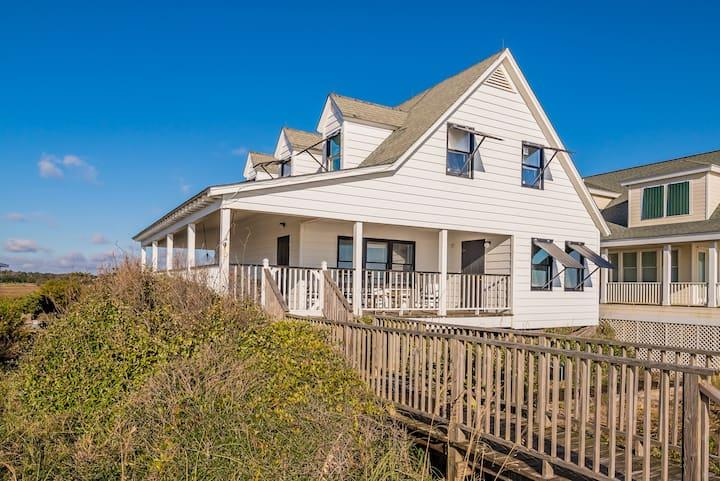Maurice Cottage, 3BR/2BA Oceanfront Beach House