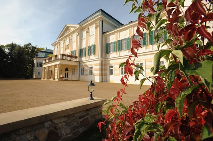 Casa Serena - Home of Terry Gou - Entire Chateau