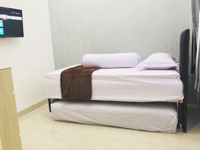 "LaWang Yogya - Merapi Room #2 ""near Malioboro"""
