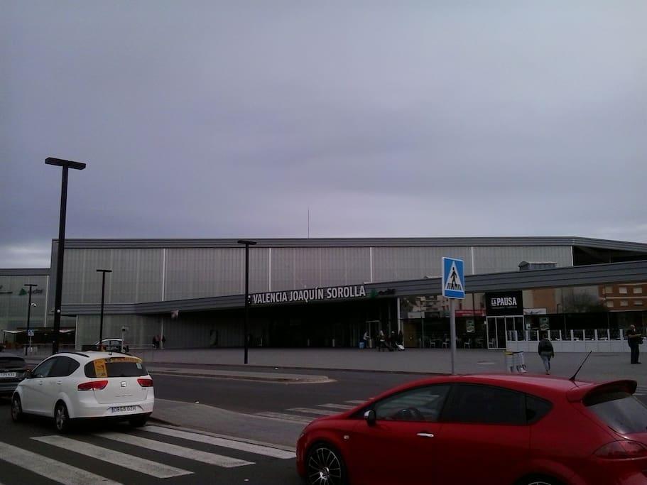 TRAIN STATION FOR MADRID OR BARCELONA