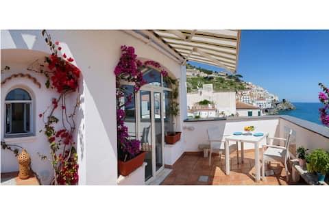 Amalfi Lady Laura House