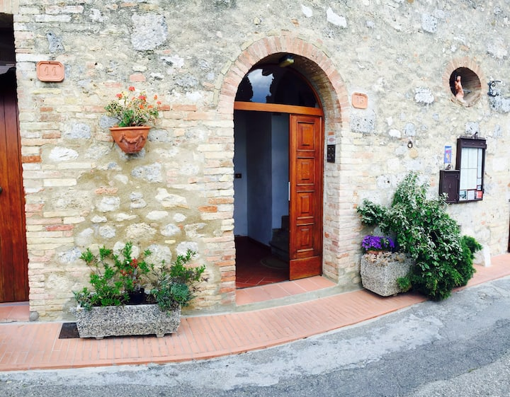 House in San Gimignano (old town)