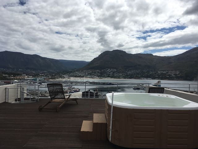 Harbourside penthouse apartment with 360' views - Cape Town - Byt