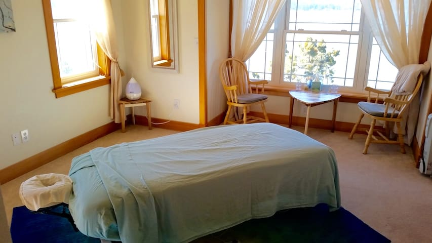 Healing Room - with massage table. Room can be converted to a second bedroom with queen bed and twin sized massage table for sleeping.  (Upon request)