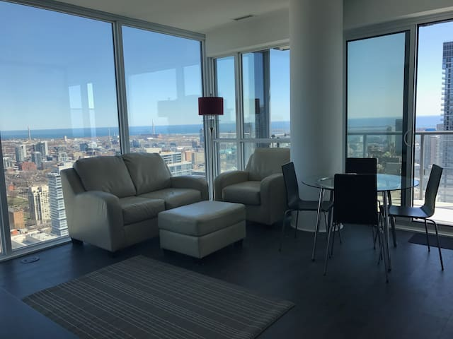 Luxury - Downtown - The best view possible - Toronto - Condominium