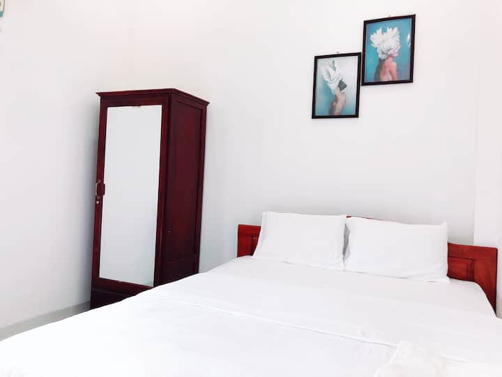 Good price!New 2bedrooms, seaside near Tran Phu st