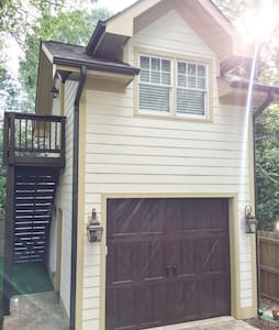 Beautiful guest aptmnt close to uptown/walkable! - Charlotte