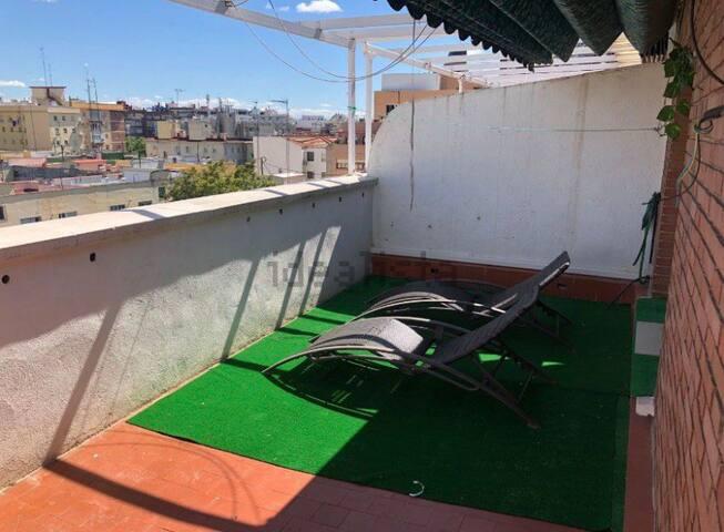 Toma el sol en el centro de Madrid! Serás un@ más