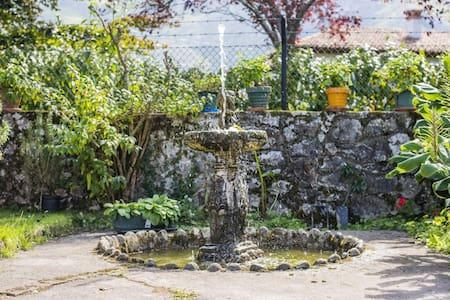 Casa con terreno en aldea de llanes - Llanes, Principado de Asturias, ES - Hus