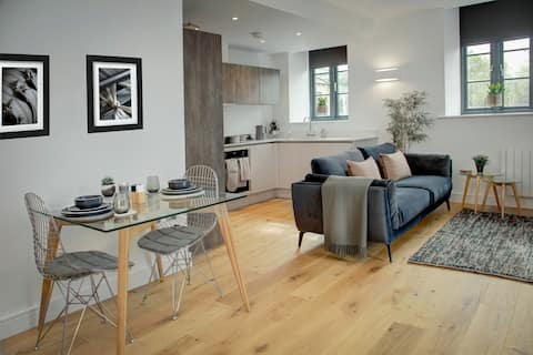 The Ticking Room. Luxury apartment in Yorkshire.