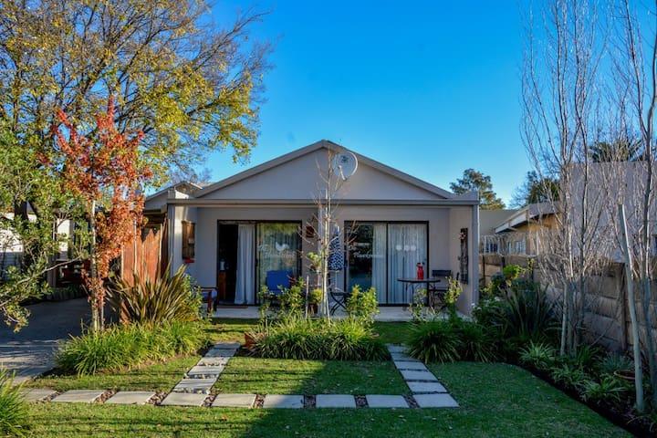 Mirabel Guest house - Garden Room 5