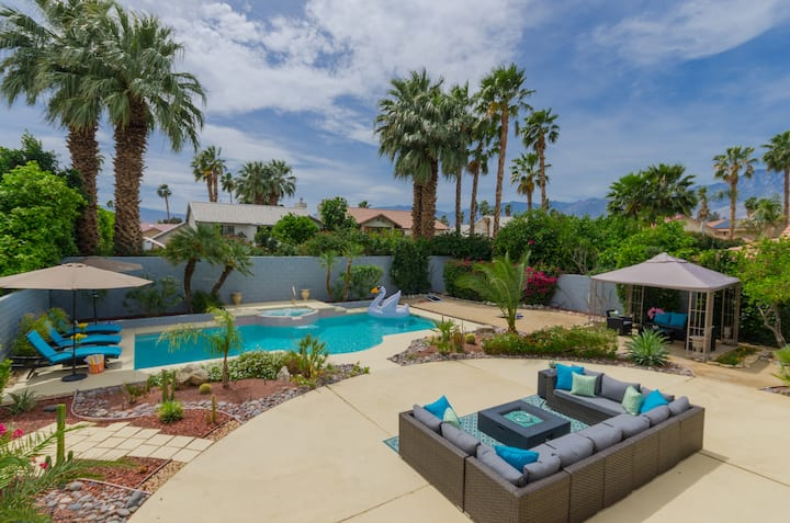 Splash House! 5BR Palm Springs Villa! HotTub+Golf!