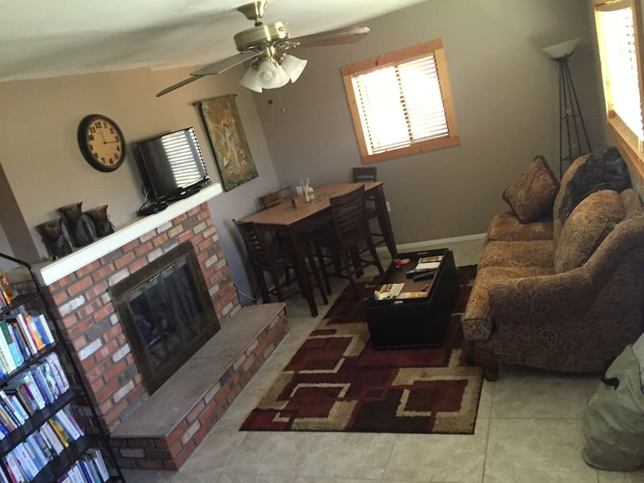 Lovely 1 bed mother in law suite with yard views for Mother in law apartment for rent