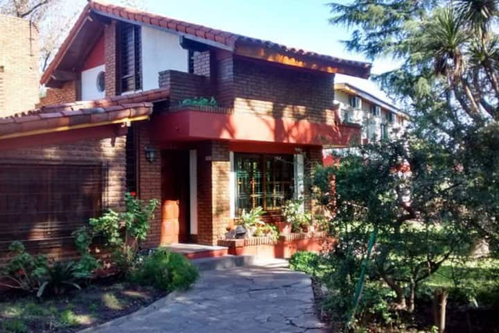 (IV) Hostería - Habitaciones para turistas !