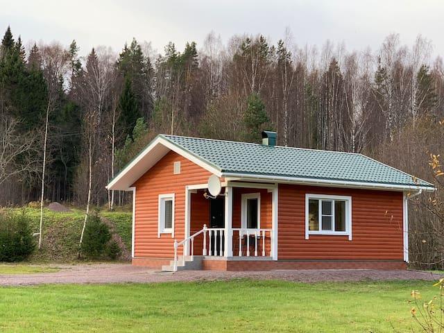 Дом-студия для отдыха с кухней, сауной и камином