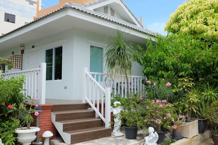(R102) Rajana House @ Rajana Garden House