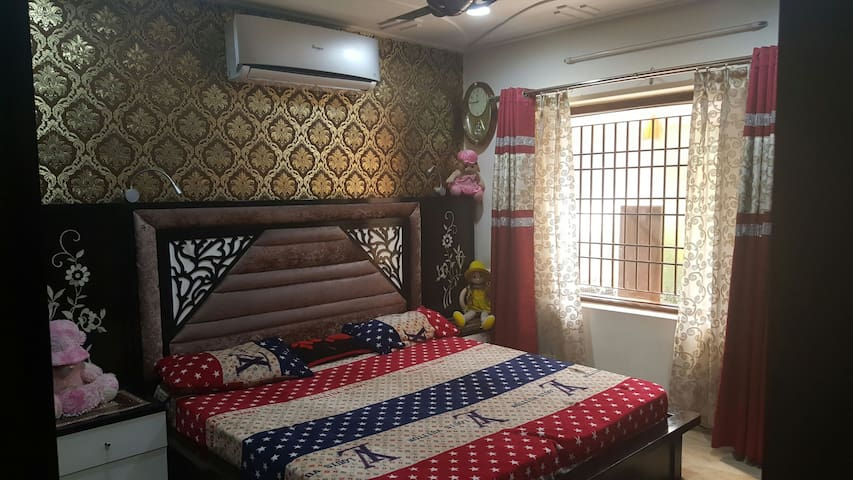 Furnished bedroom with Bathroom - Chandigarh