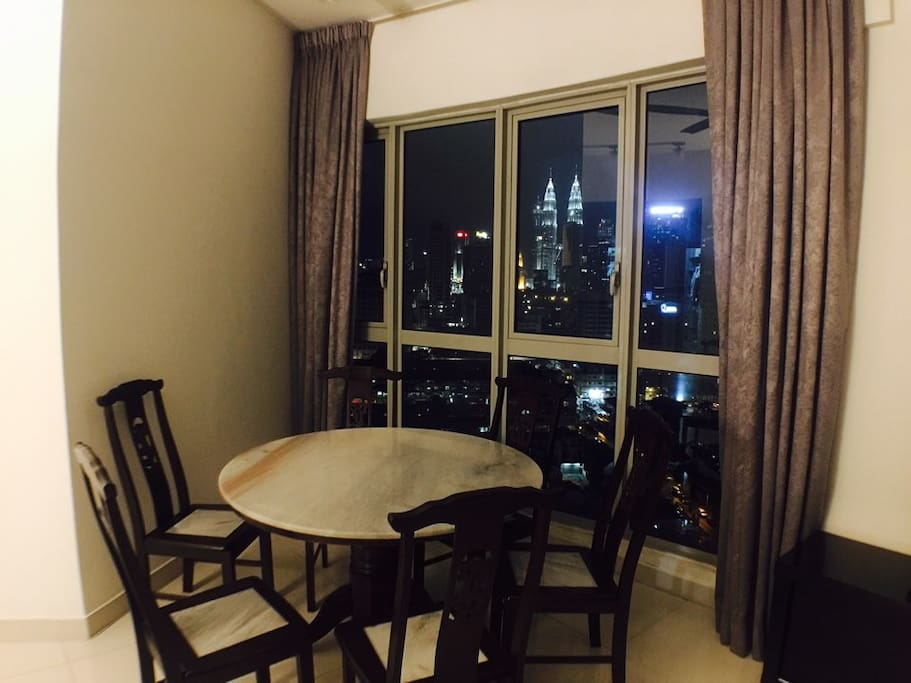 living room klcc view