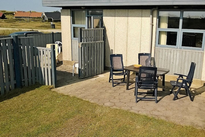 Quaint Holiday Home in Hvide Sande with Whirlpool