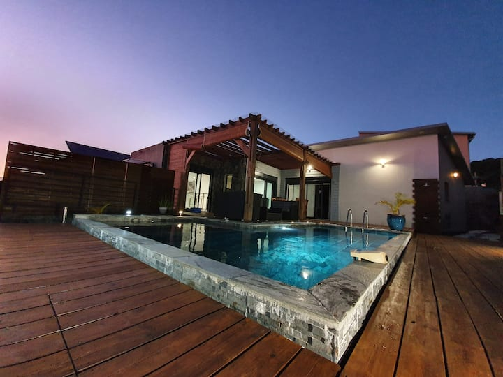 Villa Luxueuse avec piscine chauffée