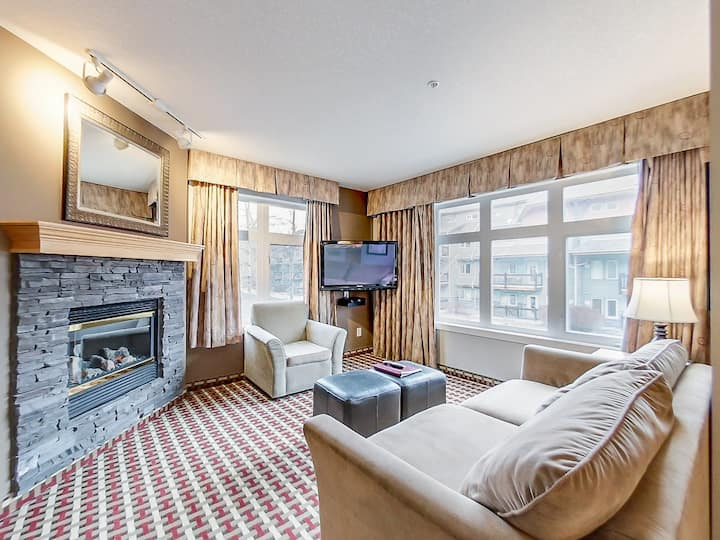 ♡♡One bedroom apt close to downtown Canmore♡♡