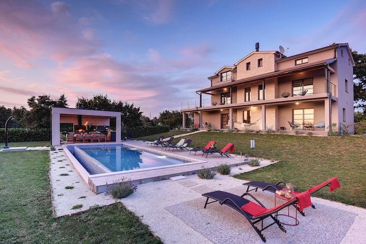 Villa 2M  design holiday villa with pool Croatia