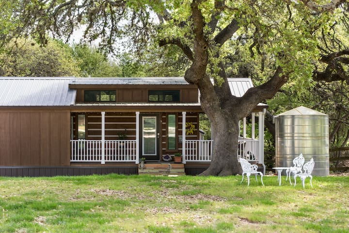 Tiny Home out in the country but still in Austin