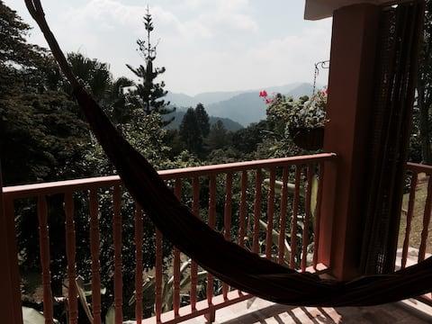 CABAÑA MOUNTAIN CABIN FOR NATURE LOVERS NEAR CALI