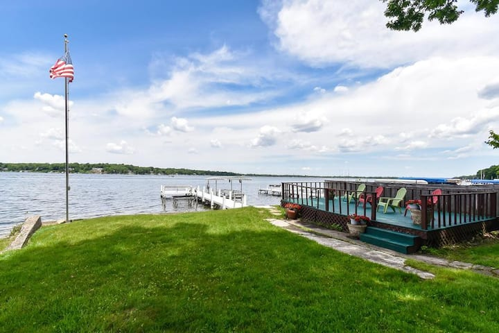 WATERFRONT- DELAVAN LAKE-PIER-BEST SUNSETS-FISHING
