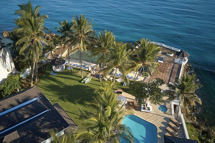 Coral Cay 4 bdrm -ask about our 5, 8, 13 bdrm rate