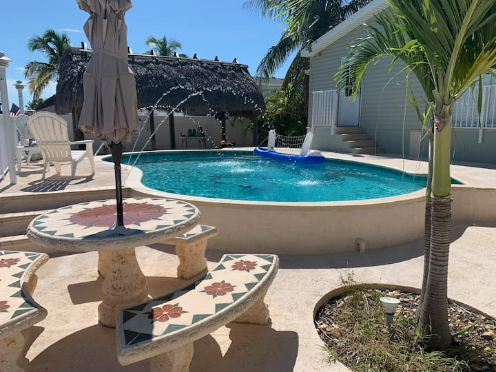 Perfect Key Largo Getaway with Pool and Dock!