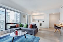 3815 TDC · High End 2 Bedrooms Condo @Bell Centre