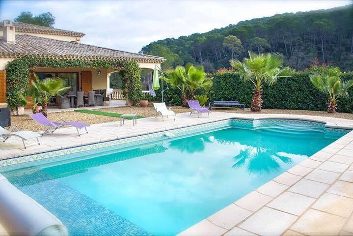 Petite halte en Provence - Lorgues - Vila