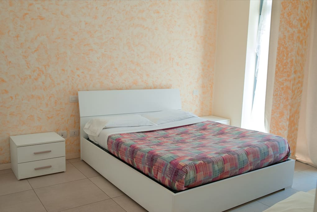 Bedroom 1: double bed + single bed
