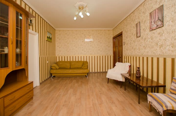 2-я квартира на Набережной / ЦЕНТР САРАТОВА