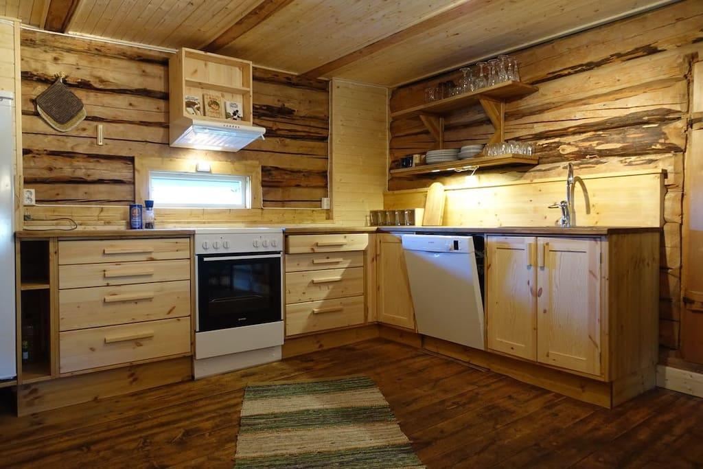 Nytt kjøkken bygd i 2017 - 2018.