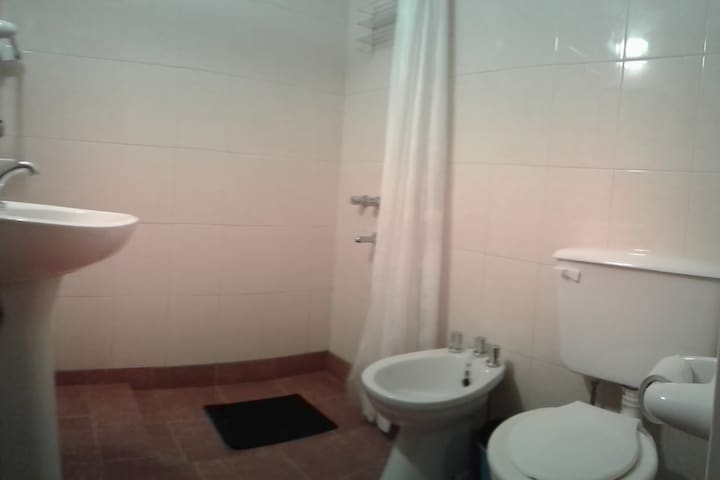 Habitacion con b/priv /kitchen/calefaccion