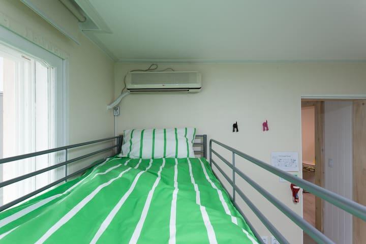 AC in 6 bedroom