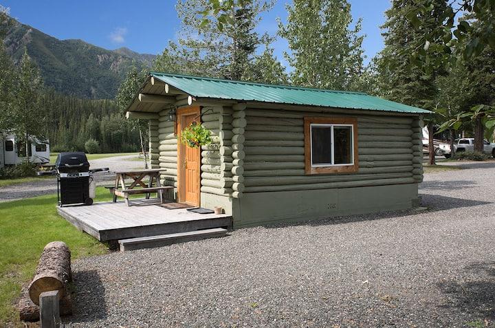 Log Cabin at Discovery Yukon Lodgings