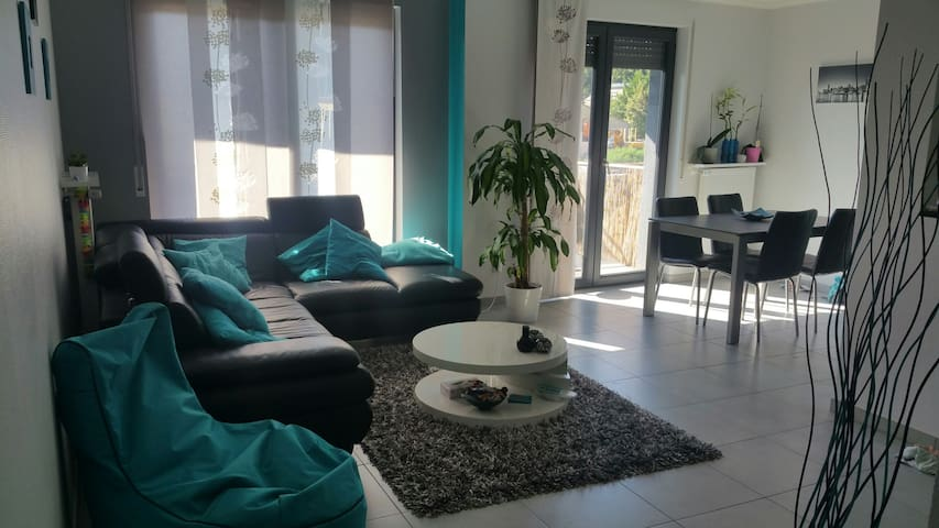 Beautiful apartment 70m2 - Kayl - Apartment