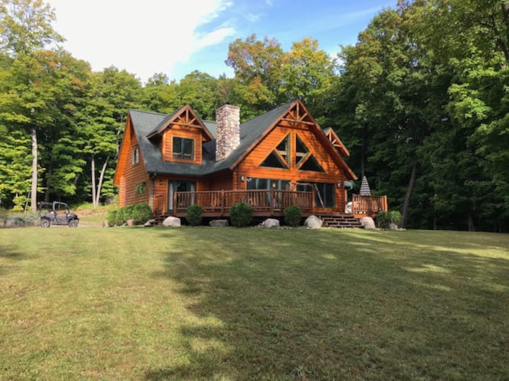 SILVER CHALET (Lake Michigamme): Gorgeous, clean cabin!