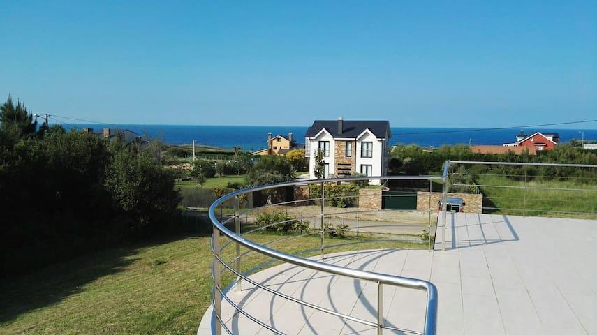 Casa en la playa de peizás - Foz