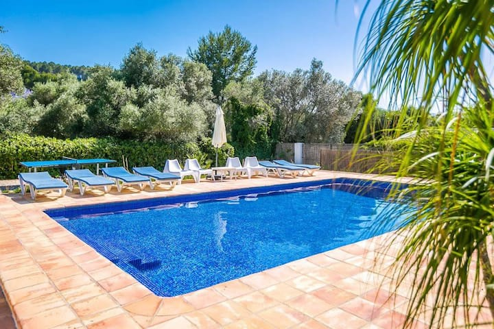 Beautiful Bespoke Private Villa with Large Pool