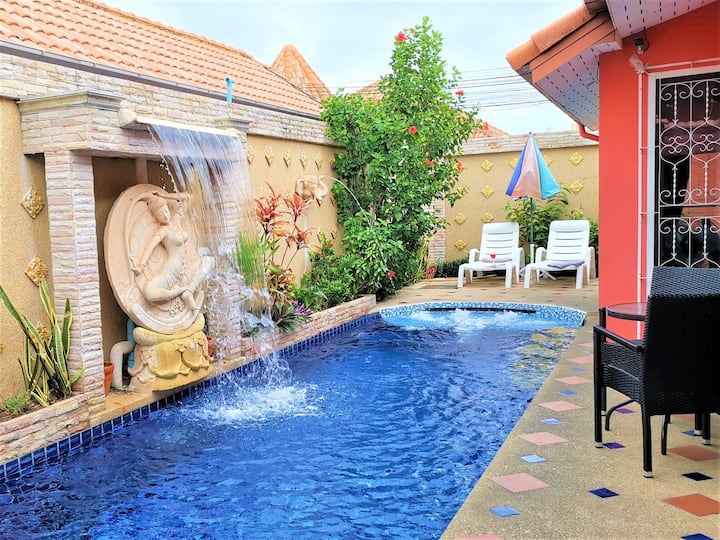 ⭐ Pool Villa *Free electric & weekly cleaning